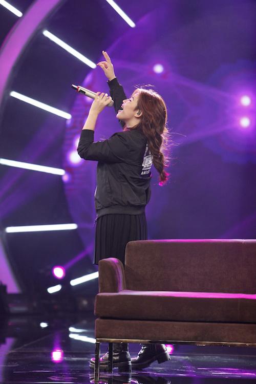 """Thu Minh """"mắng"""" thí sinh Vietnam Idol ngay trên sân khấu - 3"""