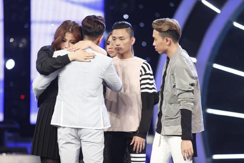 """Thu Minh """"mắng"""" thí sinh Vietnam Idol ngay trên sân khấu - 8"""