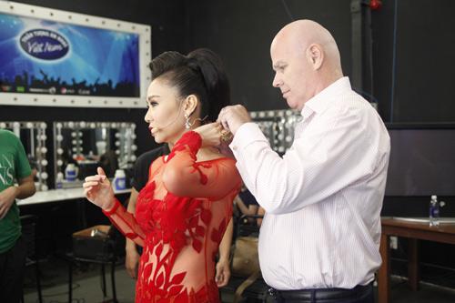 """Thu Minh """"mắng"""" thí sinh Vietnam Idol ngay trên sân khấu - 9"""