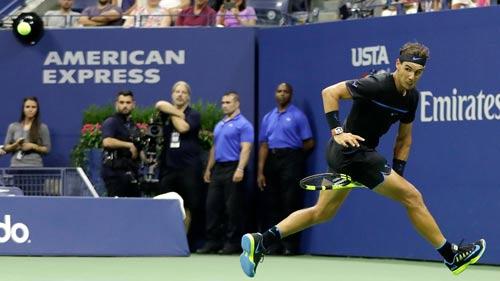 "Nadal đánh ""Tweener"" thần sầu như Federer - 1"