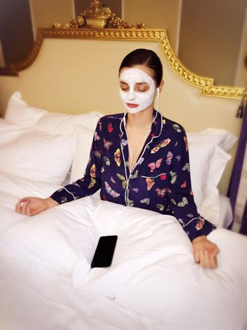 4 bí quyết vàng giúp Miranda Kerr đẹp như gái đôi mươi - 1