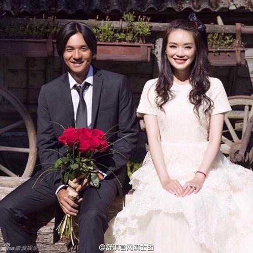 Thư Kỳ đã kết hôn với bạn trai 12 năm - 9