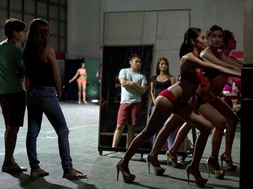 """Khám phá """"lò luyện hoa hậu"""" khốc liệt của Philippines - 5"""