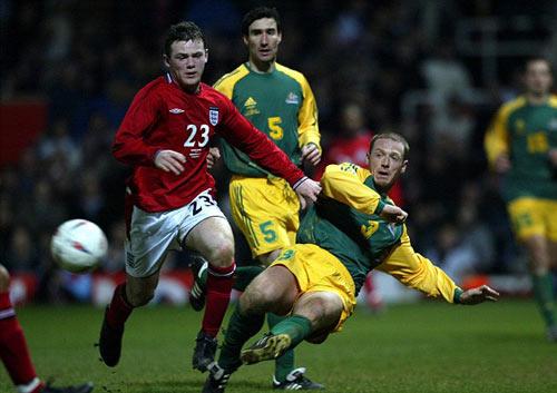 Rooney, 13 năm đi vào huyền thoại tuyển Anh - 2
