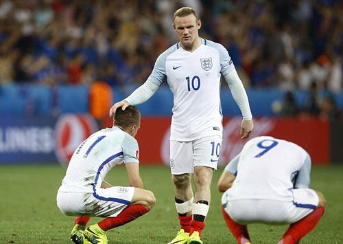 Rooney, 13 năm đi vào huyền thoại tuyển Anh - 6