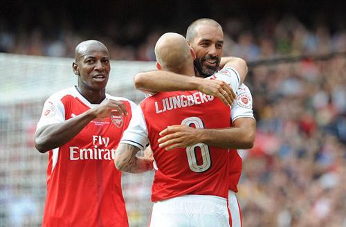 Huyền thoại Arsenal- Milan: Sống lại thời oai hùng - 9