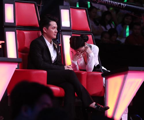 Đông Nhi, Noo Phước Thịnh bật khóc vì loại trò cưng The Voice Kids - 2