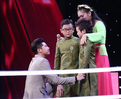Đông Nhi, Noo Phước Thịnh bật khóc vì loại trò cưng The Voice Kids - 4