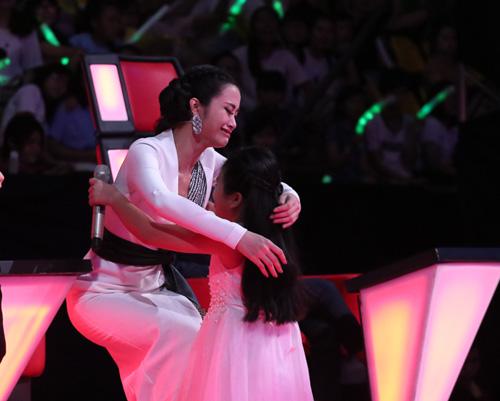 Đông Nhi, Noo Phước Thịnh bật khóc vì loại trò cưng The Voice Kids - 6