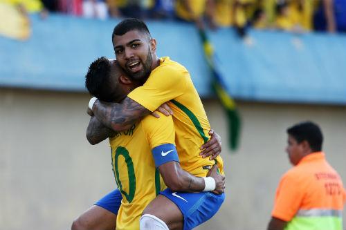 """Mua hụt """"Neymar mới"""", Barca tính khởi kiện Santos - 1"""
