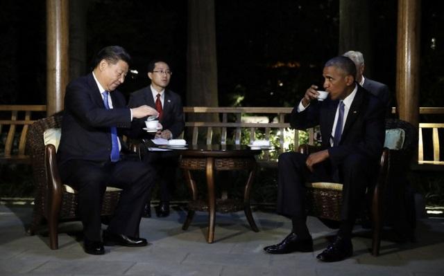 """TQ """"chơi khăm"""" Obama, không cấp xe thang xuống máy bay? - 6"""