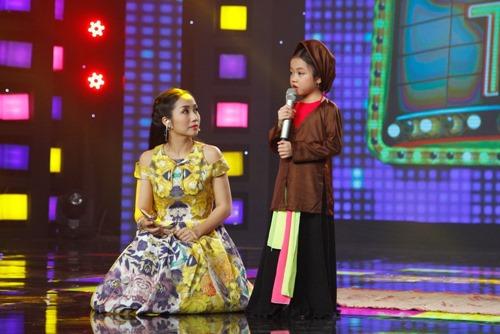 """""""Ca nương 6 tuổi"""" hát xẩm khiến Đại Nghĩa muốn quỳ lạy - 2"""