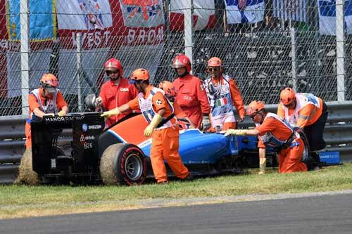 Phân hạng Italian GP: Show diễn của riêng Hamilton - 4