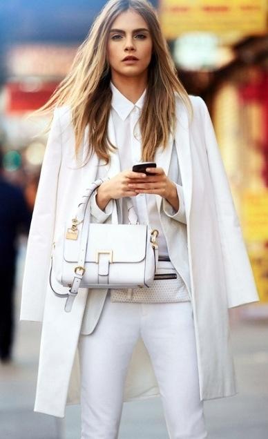 Mặc đồ trắng chuẩn-không-cần-chỉnh như các sao - 8