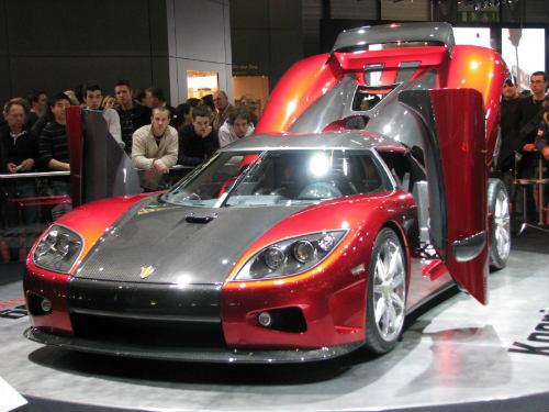Koenigsegg CCX giá 30 tỷ đồng nát vụn khi gặp nạn - 2