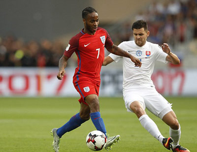 Chi tiết Slovakia - Anh: Cú ra chân 3 điểm (KT) - 3