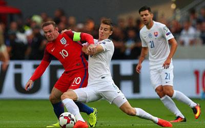 Chi tiết Slovakia - Anh: Cú ra chân 3 điểm (KT) - 4