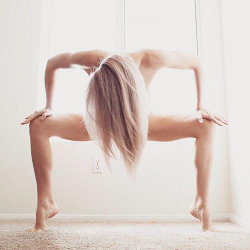 Cô gái trẻ thoát khỏi trầm cảm vì hiếp dâm nhờ Yoga - 12