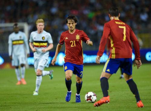 Tây Ban Nha - Liechtenstein: Dạo chơi ngày khai hội - 1