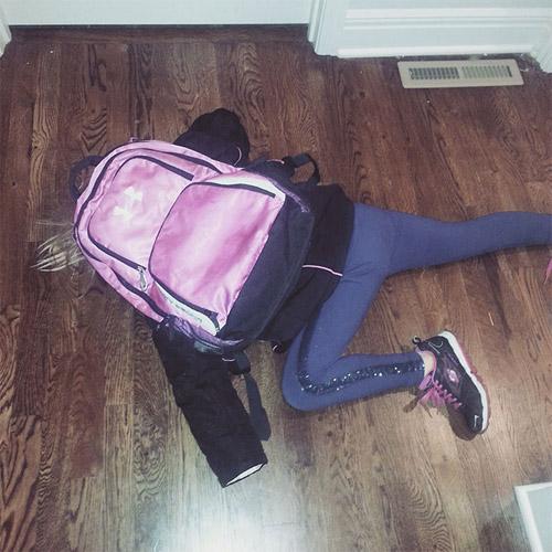 Hài hước với hình ảnh ngày đầu tiên đi học của bé - 9