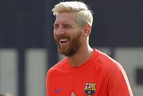 """Tiết lộ: Messi nhuộm tóc vàng vì… """"chán đời"""" - 1"""