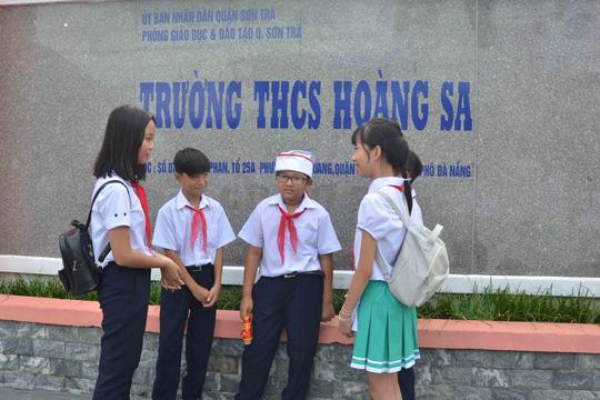 Lễ khai giảng ở ngôi trường mang tên Hoàng Sa - 1