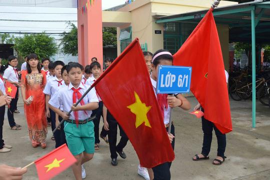 Lễ khai giảng ở ngôi trường mang tên Hoàng Sa - 2
