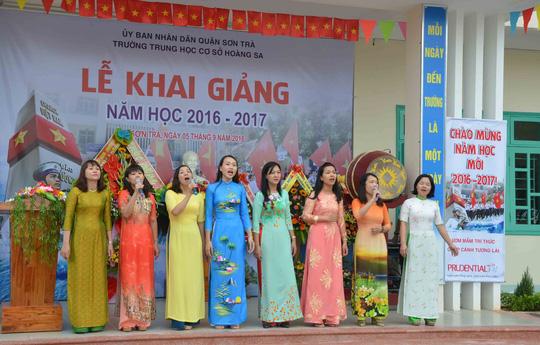 Lễ khai giảng ở ngôi trường mang tên Hoàng Sa - 4