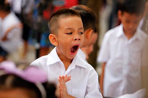Những hình ảnh ngộ nghĩnh của trẻ nhỏ ngày đầu tới lớp - 6