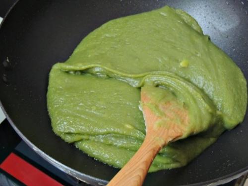 Cách làm bánh Trung thu trà xanh thơm ngon cực đơn giản - 3