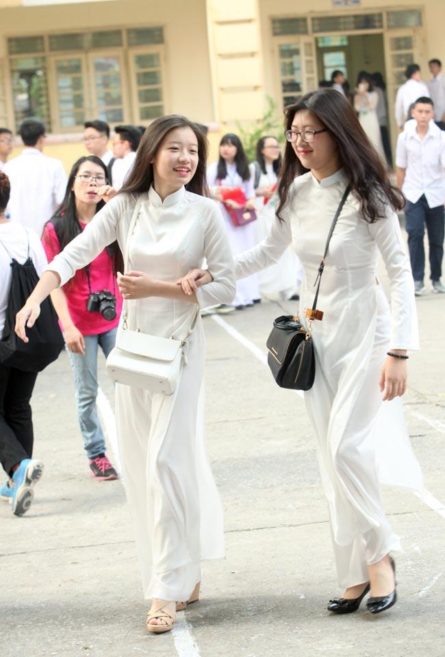 Nữ sinh trường hoa hậu Mỹ Linh xinh đẹp ngày khai giảng - 1