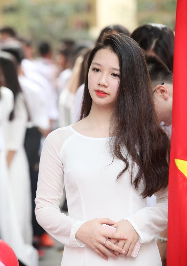 Nữ sinh trường hoa hậu Mỹ Linh xinh đẹp ngày khai giảng - 4