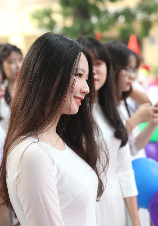 Nữ sinh trường hoa hậu Mỹ Linh xinh đẹp ngày khai giảng - 5