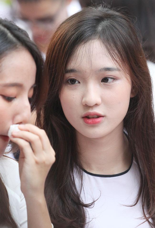 Nữ sinh trường hoa hậu Mỹ Linh xinh đẹp ngày khai giảng - 10