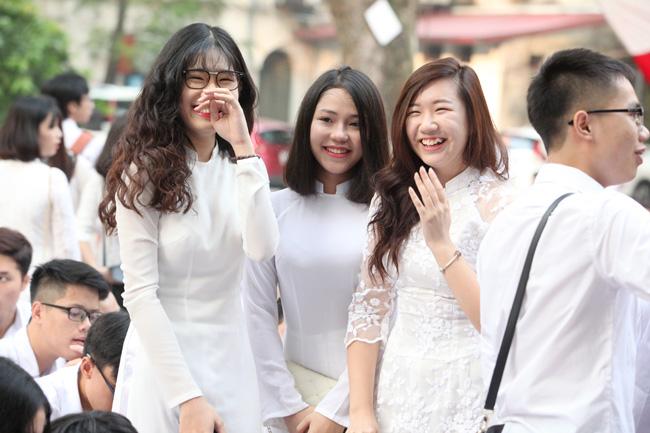 Nữ sinh trường hoa hậu Mỹ Linh xinh đẹp ngày khai giảng - 14