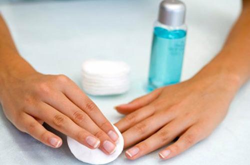 6 bước làm sạch móng tay mỗi ngày chị em nên biết - 4