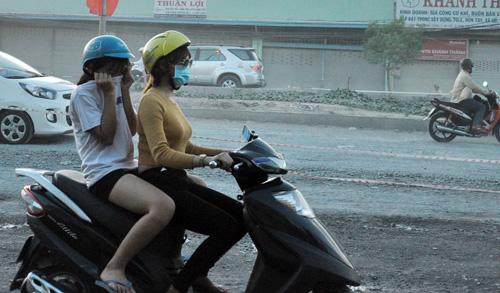 """""""Bão"""" bụi tấn công ở Sài Gòn, dân chịu không thấu - 5"""
