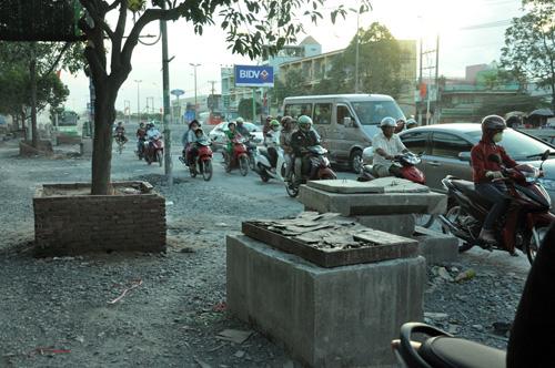 """""""Bão"""" bụi tấn công ở Sài Gòn, dân chịu không thấu - 10"""