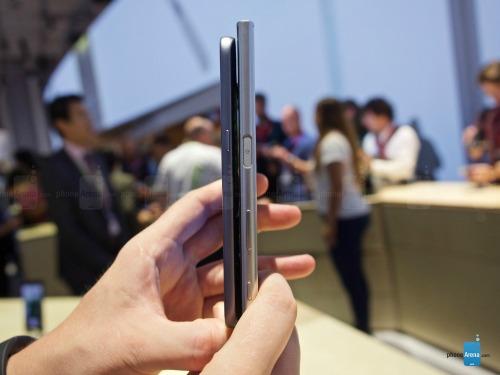 So sánh nhanh Sony Xperia XZ và Samsung Galaxy S7 - 7