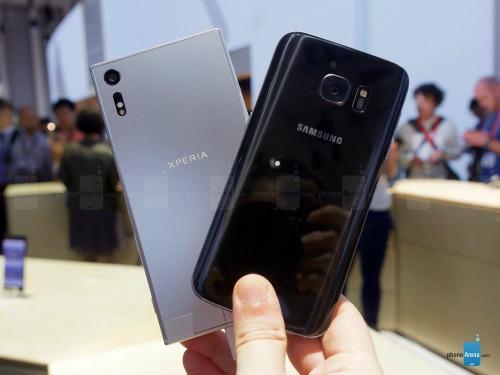 So sánh nhanh Sony Xperia XZ và Samsung Galaxy S7 - 6