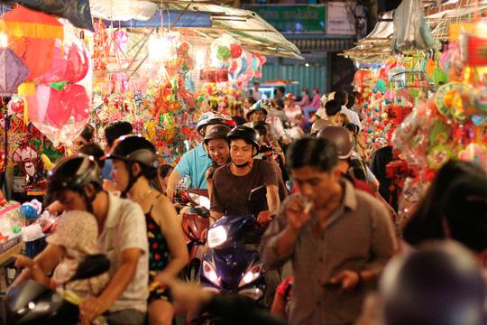 Phố lồng đèn Sài Gòn rực rỡ trước Tết Trung thu - 8
