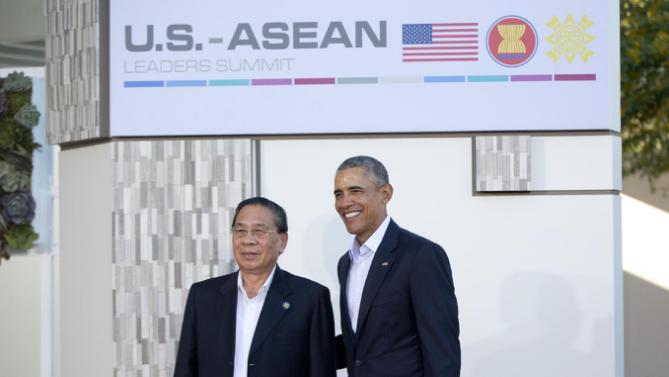 Ông Obama có thể giúp Lào thoát bóng Trung Quốc? - 1
