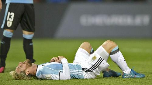 Champions League - Liga: Messi chỉ được chọn một - 1