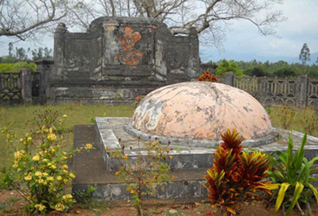 Chuyện ít biết về 3 ngôi mộ của vị danh tướng triều Nguyễn - 1