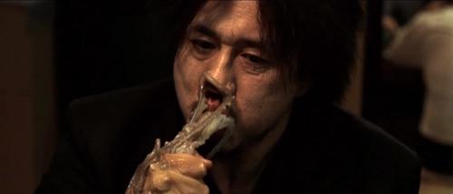 Bộ phim kinh hoàng về ngưỡng cuối cùng của đạo đức - 2