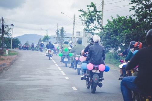 9X rước dâu bằng 40 xe minsk gây sốt ở Lâm Đồng - 3