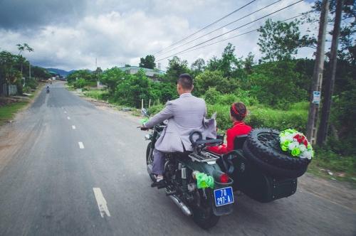 9X rước dâu bằng 40 xe minsk gây sốt ở Lâm Đồng - 4