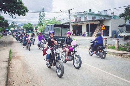 9X rước dâu bằng 40 xe minsk gây sốt ở Lâm Đồng - 5