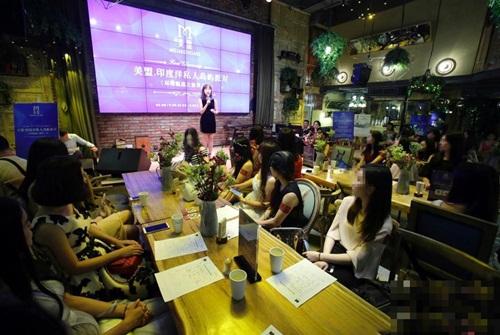 Gái trẻ Trung Quốc đổ xô đi phỏng vấn kiếm chồng giàu - 4