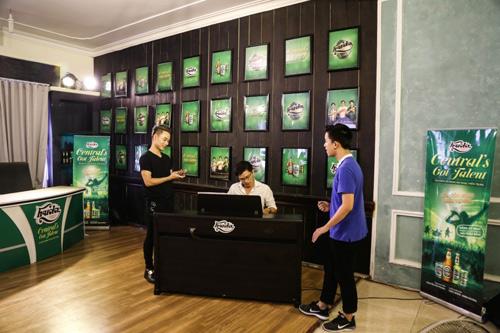 Trúc Nhân, Đinh Hương hăng say truyền lửa cho thí sinh - 1